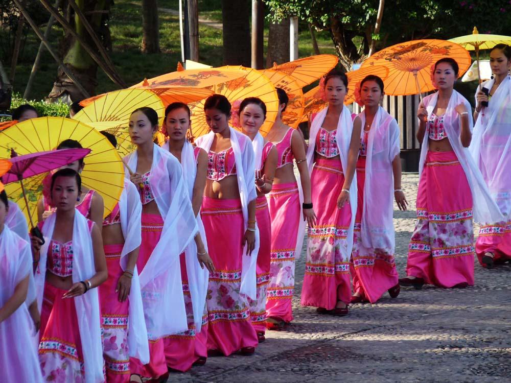傣族美女 中国美女最多最漂亮的少数民族排行