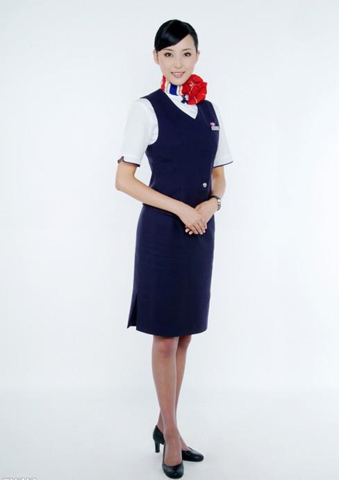 东方航空空姐服图片