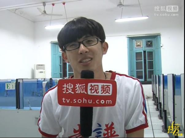 隋佶辰,山东烟台人,创作型歌手,是湖南卫视与搜狐视频联手创办的2012