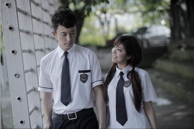 所属榜单:  观众最喜爱的中国荧幕情侣排行榜 代表作《校花诡异事件